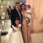 Com a esposa e as netas Sofia e Isabela